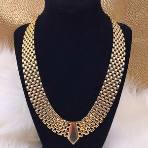 Vintage Gold Weave Collar Necklace